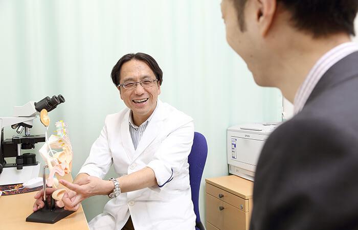 【当クリニックは、精索静脈瘤の日帰り手術を行っています】
